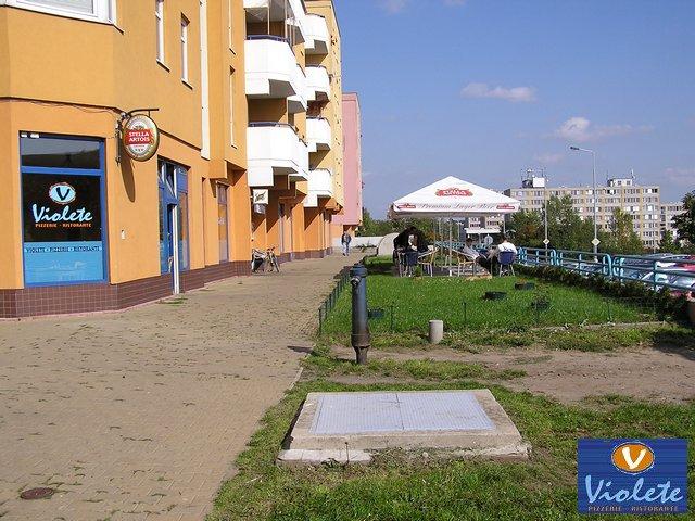 Pizzerie - ristorante Violete - Bobkova 787/6, 198 00 Praha 14