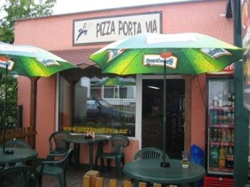 Pizza Porta Via - Černokostelecká 251/24, 251 01 Říčany