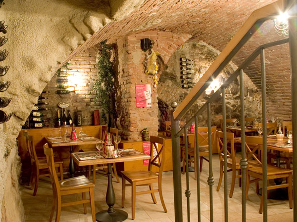 Pizza Coloseum - Dominikánská 351/3, 602 00 Brno-střed