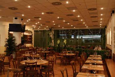 Pizzeria il Tesoro - Freyova 945/35, Nákupní galerie Fénix Vysočanská, 190 00 Praha 9