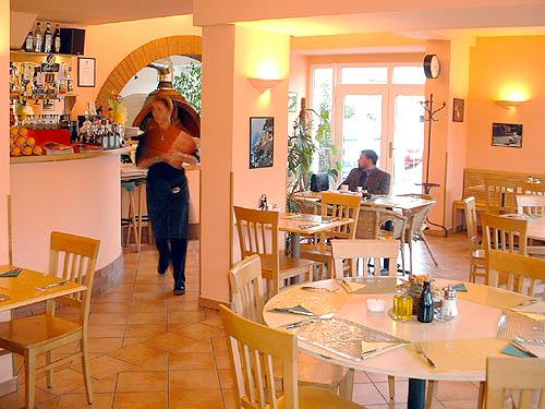La Grande - Pizza Ristorante - Husovo náměstí 103, 267 12 Loděnice