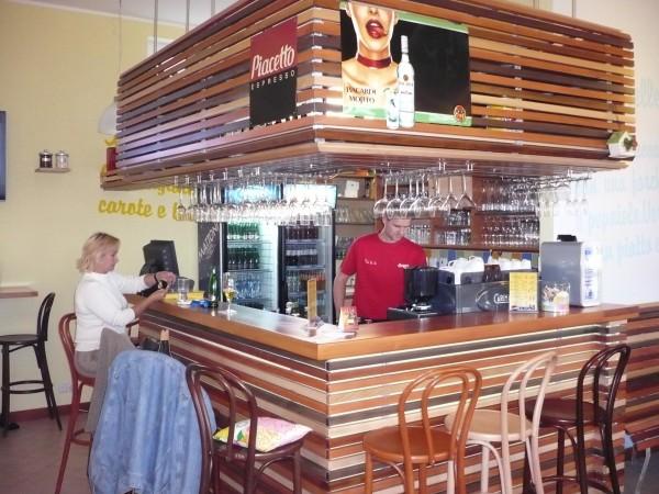 Pizzeria O`hh la la - Poděbradská 777/9b, 190 00 Praha 9