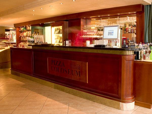 Pizza Coloseum - Václavské náměstí 846/1, 110 00 Praha 1